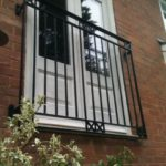 gustard balcony
